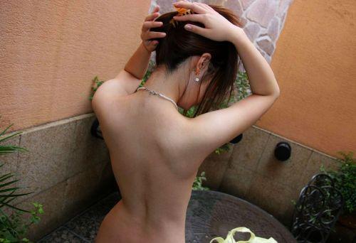 お風呂や銭湯で湯船に浸かった女性のうなじに勃起しちゃうエロ画像 32枚 No.24