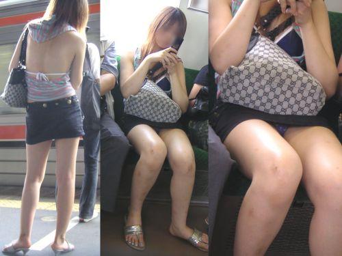 電車内の無防備なギャル達のパンチラや太ももを盗撮したエロ画像 38枚 No.1