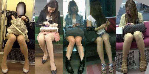 【画像】電車内でホットパンツやミニスカ女子の太ももエロ過ぎて勃起不可避! 35枚 No.7