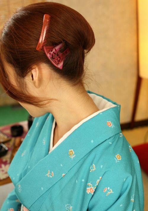 【盗撮画像】着物姿の和服美人のうなじがやっぱり一番色っぽいよな! 48枚 No.13