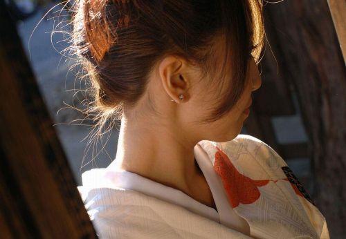 【盗撮画像】着物姿の和服美人のうなじがやっぱり一番色っぽいよな! 48枚 No.17