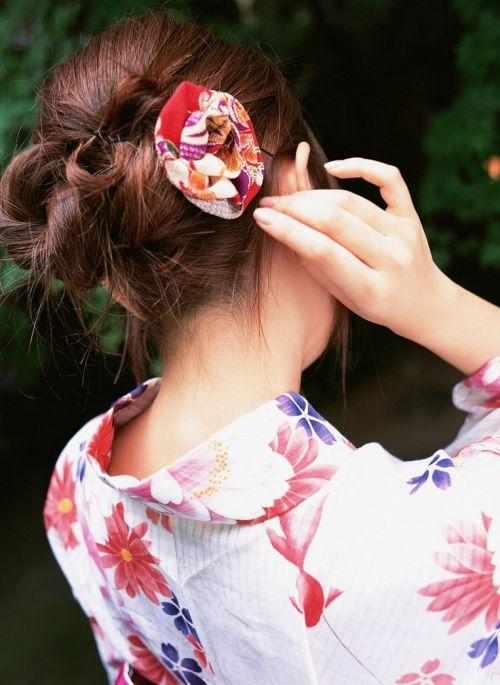 【盗撮画像】着物姿の和服美人のうなじがやっぱり一番色っぽいよな! 48枚 No.23
