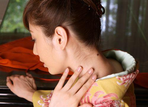 【盗撮画像】着物姿の和服美人のうなじがやっぱり一番色っぽいよな! 48枚 No.30