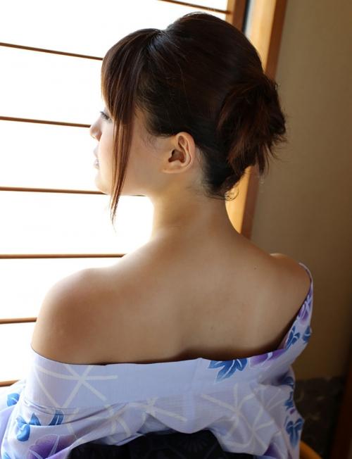 【盗撮画像】着物姿の和服美人のうなじがやっぱり一番色っぽいよな! 48枚 No.42