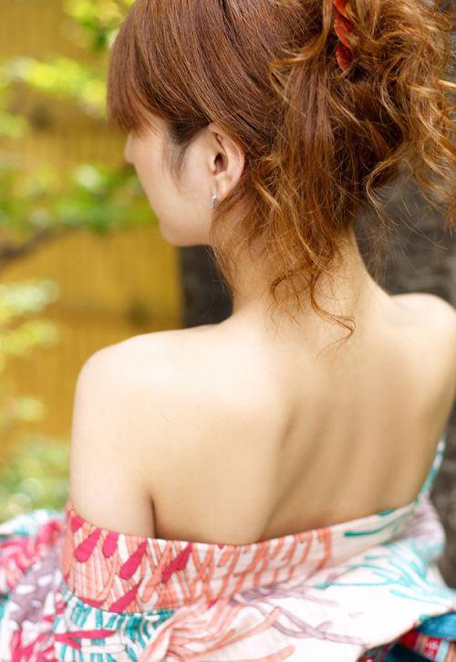 【盗撮画像】着物姿の和服美人のうなじがやっぱり一番色っぽいよな! 48枚 No.43