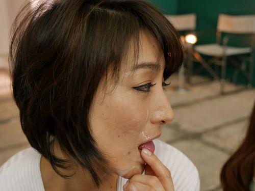 松本まりな・萌芭 実の母娘がセックス共演!ガチ親子丼AV女優エロ画像 261枚 No.47