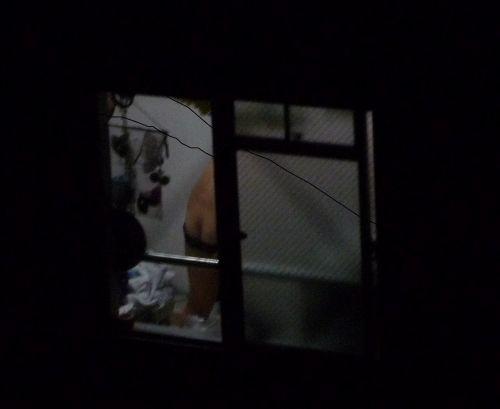 民家のおっぱい・股間丸出しな女の子を窓の外から盗撮したエロ画像 41枚 No.10