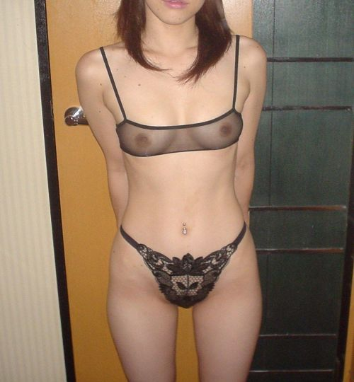 【画像】シースルーの下着姿女の子って全裸よりエロイよなwww 37枚 No.5