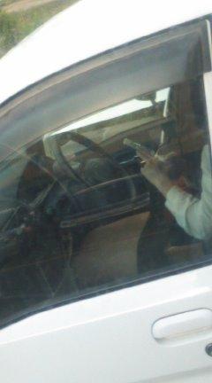 車内でむき出しになった女の子の太ももを盗撮したエロ画像 38枚 No.14