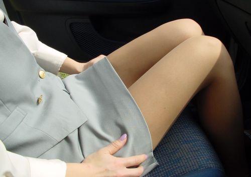 車内でむき出しになった女の子の太ももを盗撮したエロ画像 38枚 No.34