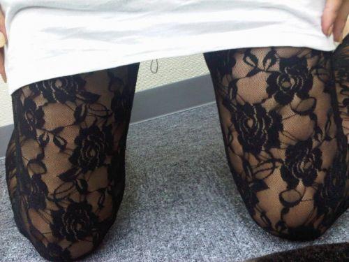 セクシーな女性を更にセクシーにしちゃう高級柄ストッキングのエロ画像 43枚 No.14