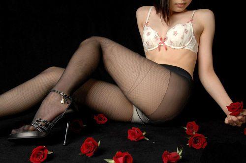 セクシーな女性を更にセクシーにしちゃう高級柄ストッキングのエロ画像 43枚 No.33