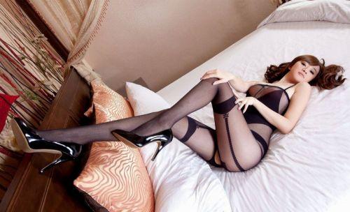 セクシーな女性を更にセクシーにしちゃう高級柄ストッキングのエロ画像 43枚 No.38