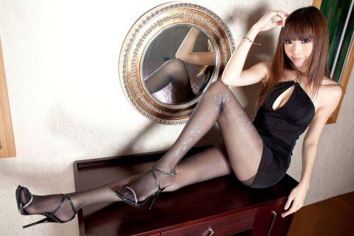 セクシーな女性を更にセクシーにしちゃう高級柄ストッキングのエロ画像 43枚 No.41