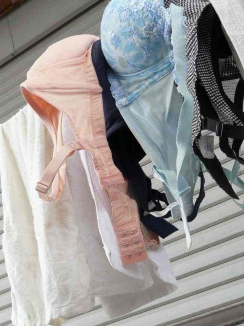 女の子のパンツやブラジャーなどの干した洗濯物の盗撮エロ画像 37枚 No.28