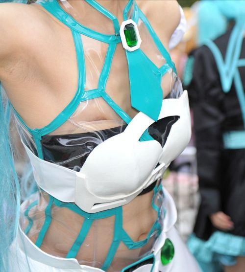 【画像】エロに自由なコスプレイヤーがおっぱいとオマンコ見せちゃったwww 37枚 No.3
