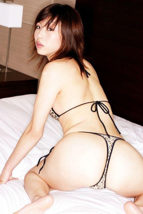 ヒョウ柄Tバックパンティを履いたビッチな女の子のお尻エロ画像 29枚 No.22
