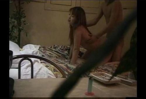 ラブホテルで盗撮された生々しい素人カップルのセックスエロ画像 35枚 No.22