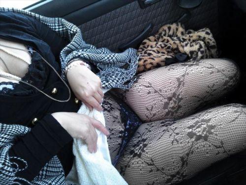 黒ストッキングを履いたの熟女の太ももとお尻に顔を埋めたくなるエロ画像 37枚 No.27
