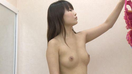 試着室で下着試着中の全裸女子を様々な角度から盗撮したエロ画像 31枚 No.4