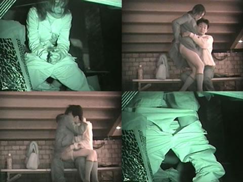 赤外線カメラでカップルの青姦セックスをこっそり盗撮したエロ画像 31枚 No.21
