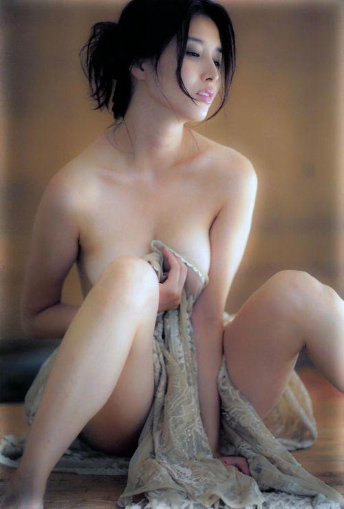 橋本マナミ 熟女なおっぱいや乳輪が見えちゃう激エロなヌード画像 91枚 No.4