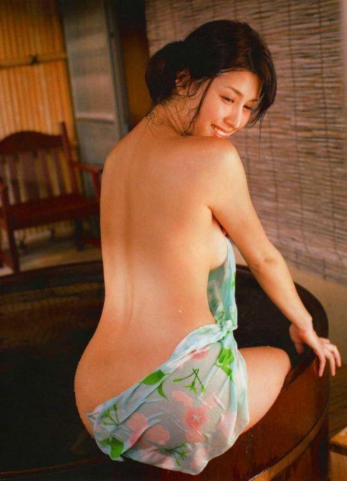 橋本マナミ 熟女なおっぱいや乳輪が見えちゃう激エロなヌード画像 91枚 No.9