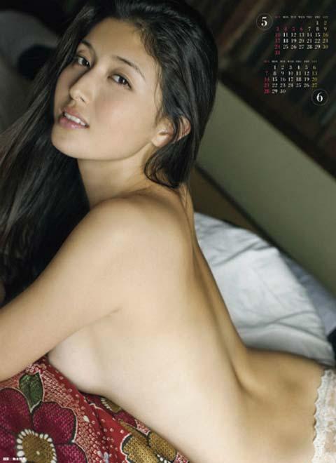 橋本マナミ 熟女なおっぱいや乳輪が見えちゃう激エロなヌード画像 91枚 No.27