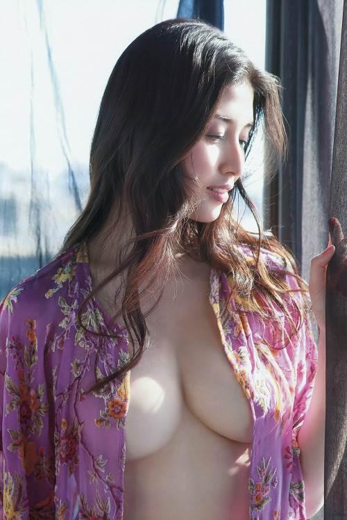 橋本マナミ 熟女なおっぱいや乳輪が見えちゃう激エロなヌード画像 91枚 No.33