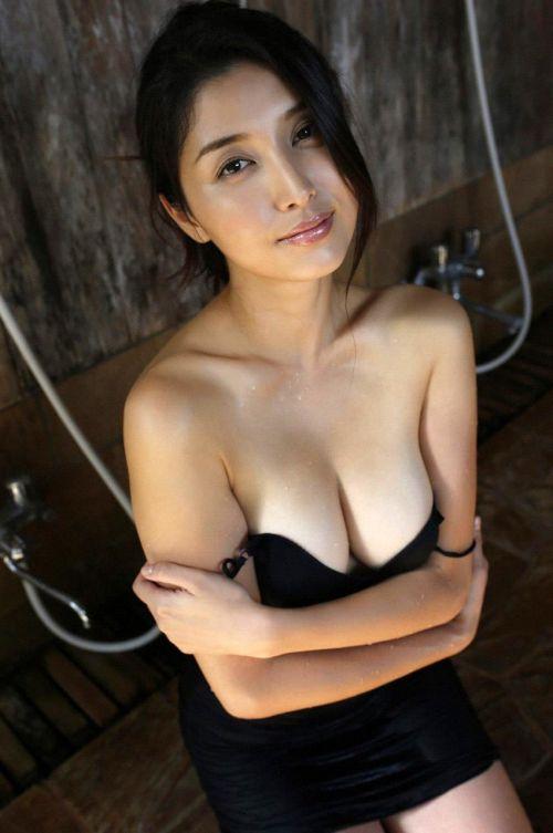 橋本マナミ 熟女なおっぱいや乳輪が見えちゃう激エロなヌード画像 91枚 No.70