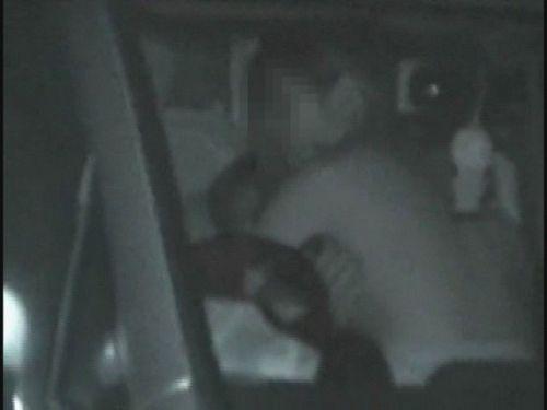赤外線カメラでカーセックス中の素人カップルを盗撮したエロ画像まとめ 37枚 No.18
