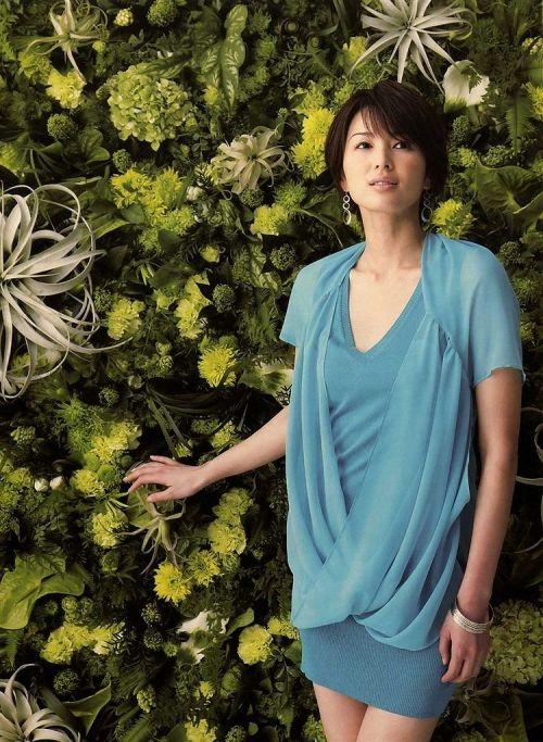 吉瀬美智子 綺麗でカッコ良すぎる熟女のヌードやイキ顔のエロ画像 182枚 No.4