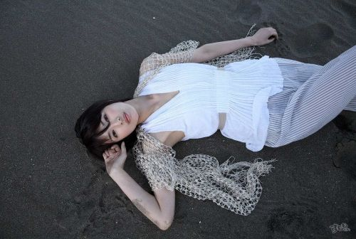 吉瀬美智子 綺麗でカッコ良すぎる熟女のヌードやイキ顔のエロ画像 182枚 No.6