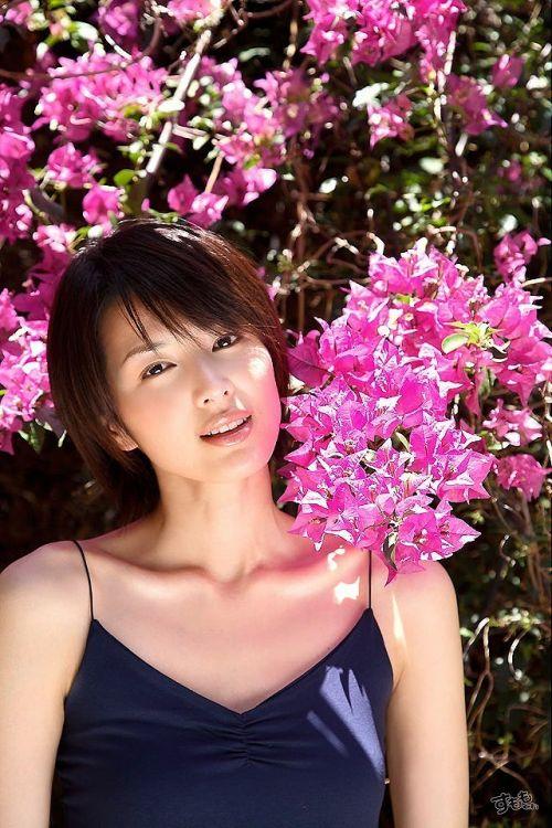 吉瀬美智子 綺麗でカッコ良すぎる熟女のヌードやイキ顔のエロ画像 182枚 No.19