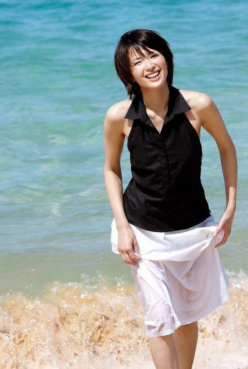 吉瀬美智子 綺麗でカッコ良すぎる熟女のヌードやイキ顔のエロ画像 182枚 No.22