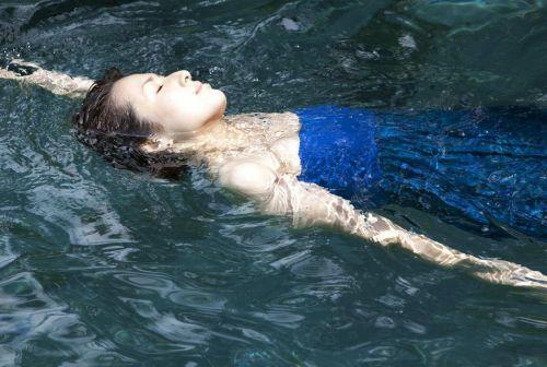 吉瀬美智子 綺麗でカッコ良すぎる熟女のヌードやイキ顔のエロ画像 182枚 No.35
