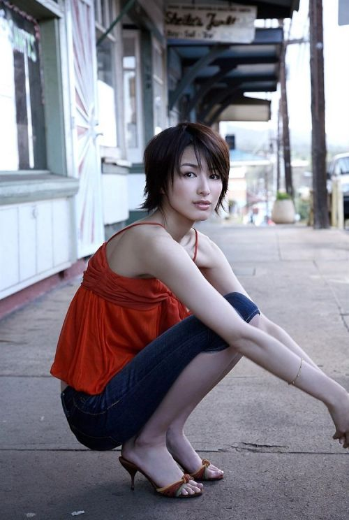 吉瀬美智子 綺麗でカッコ良すぎる熟女のヌードやイキ顔のエロ画像 182枚 No.38