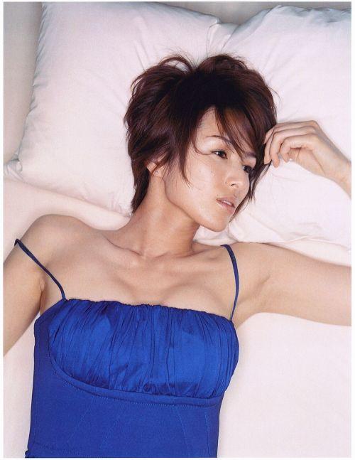 吉瀬美智子 綺麗でカッコ良すぎる熟女のヌードやイキ顔のエロ画像 182枚 No.52