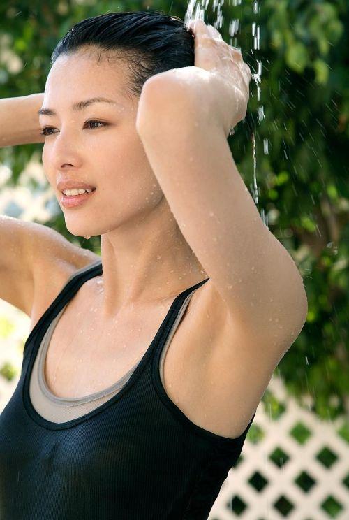 吉瀬美智子 綺麗でカッコ良すぎる熟女のヌードやイキ顔のエロ画像 182枚 No.55
