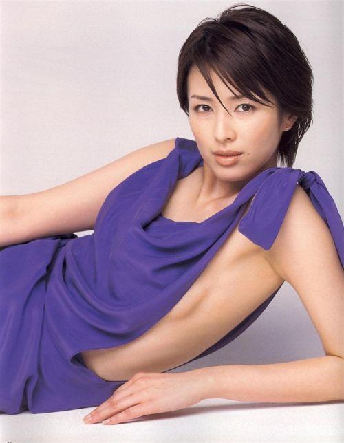 吉瀬美智子 綺麗でカッコ良すぎる熟女のヌードやイキ顔のエロ画像 182枚 No.56