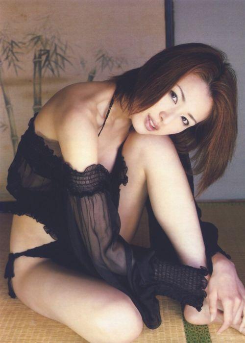 吉瀬美智子 綺麗でカッコ良すぎる熟女のヌードやイキ顔のエロ画像 182枚 No.60