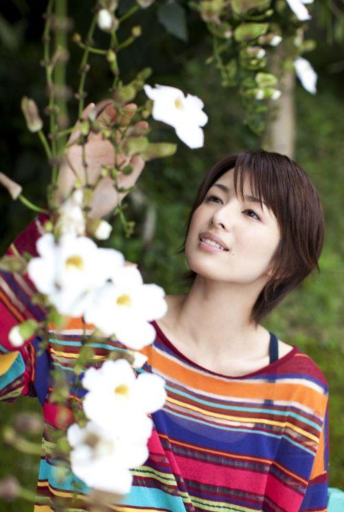 吉瀬美智子 綺麗でカッコ良すぎる熟女のヌードやイキ顔のエロ画像 182枚 No.64