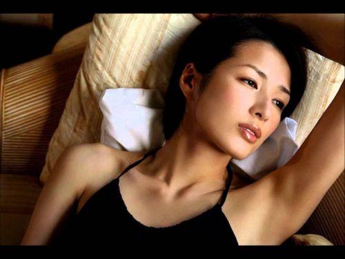 吉瀬美智子 綺麗でカッコ良すぎる熟女のヌードやイキ顔のエロ画像 182枚 No.73