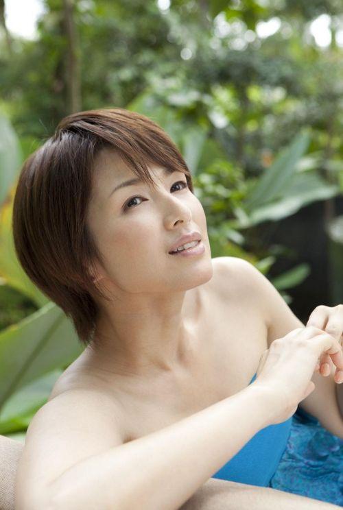 吉瀬美智子 綺麗でカッコ良すぎる熟女のヌードやイキ顔のエロ画像 182枚 No.81
