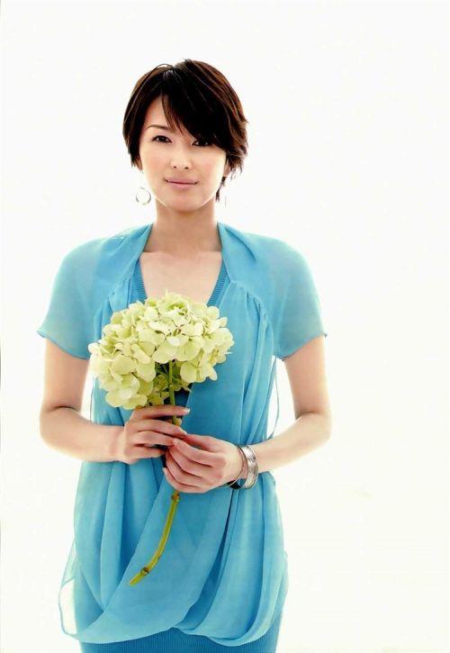 吉瀬美智子 綺麗でカッコ良すぎる熟女のヌードやイキ顔のエロ画像 182枚 No.85