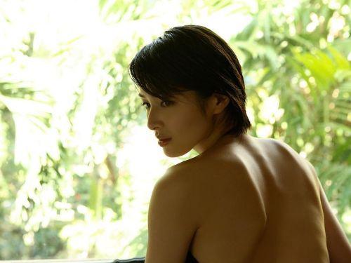 吉瀬美智子 綺麗でカッコ良すぎる熟女のヌードやイキ顔のエロ画像 182枚 No.98