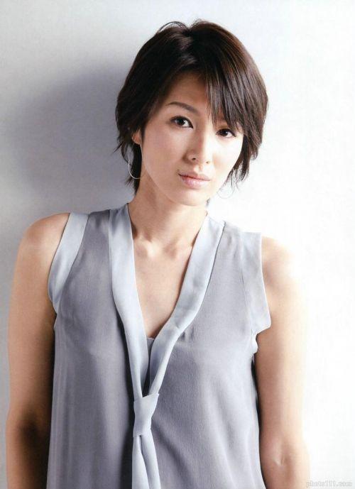 吉瀬美智子 綺麗でカッコ良すぎる熟女のヌードやイキ顔のエロ画像 182枚 No.117