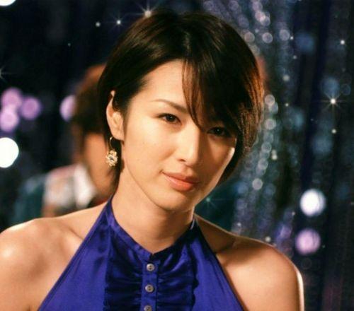 吉瀬美智子 綺麗でカッコ良すぎる熟女のヌードやイキ顔のエロ画像 182枚 No.123