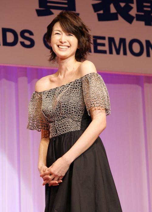 吉瀬美智子 綺麗でカッコ良すぎる熟女のヌードやイキ顔のエロ画像 182枚 No.124