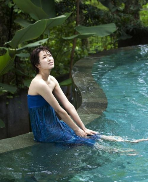 吉瀬美智子 綺麗でカッコ良すぎる熟女のヌードやイキ顔のエロ画像 182枚 No.133